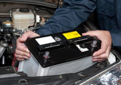 brampton-auto-repair-battery-check